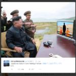 Kim Jong Un sitzt vor Fernseher und lacht über die Hinrichtung zweier japanischer Journalisten.