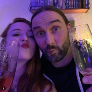 Wohnzimmerparty: Anja und Rene feiern 10 Jahre Social Media Konzepte
